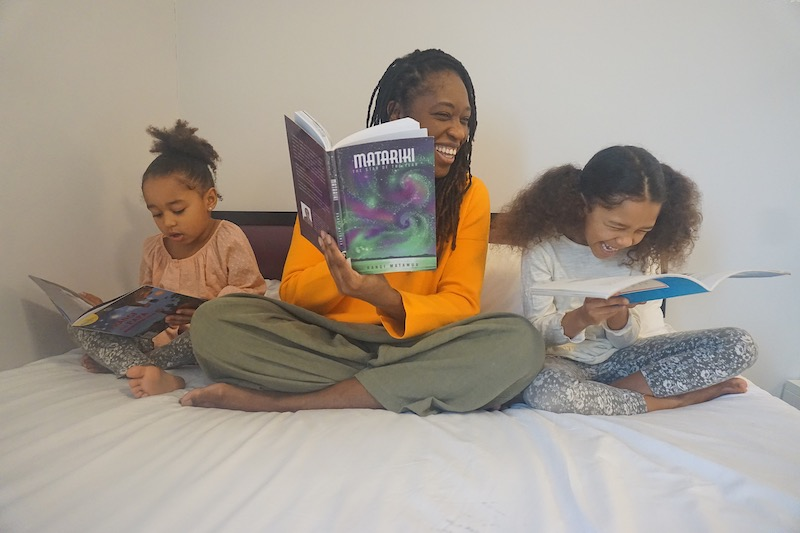 Jucy Bedroom, story time.