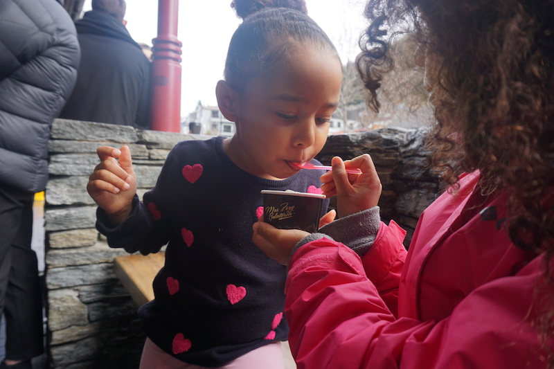 Sisters share ice cream at Ferg's Gelatería